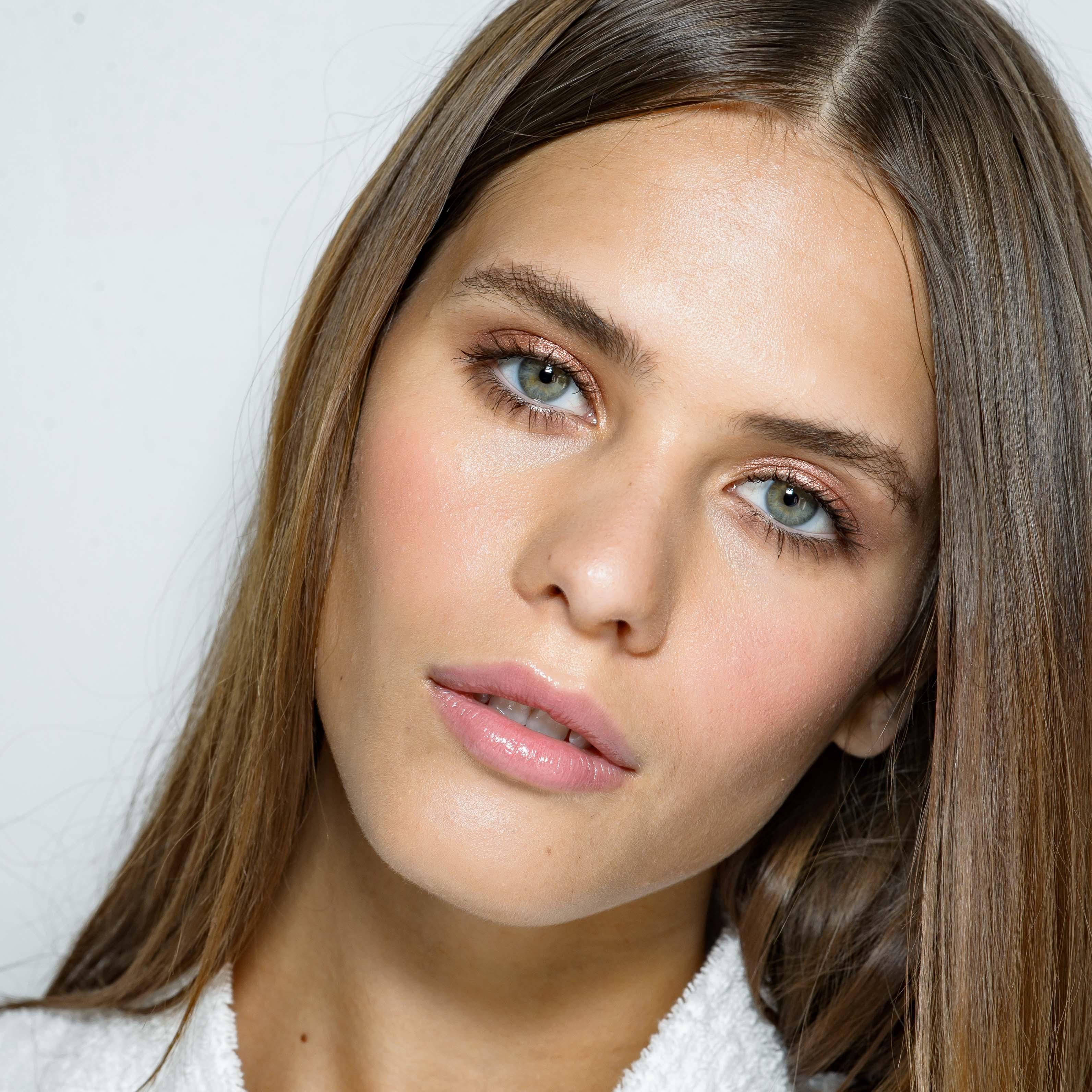 Winter Makeup Tips And Tricks Brushup By Vanshika